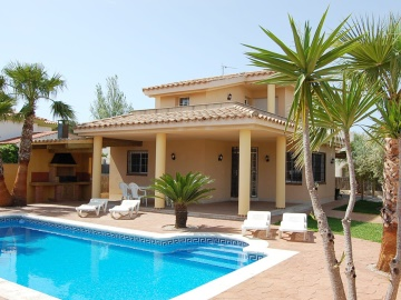 holiday villa spain